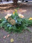 Wiązanka mała ze sztucznych kwiatów